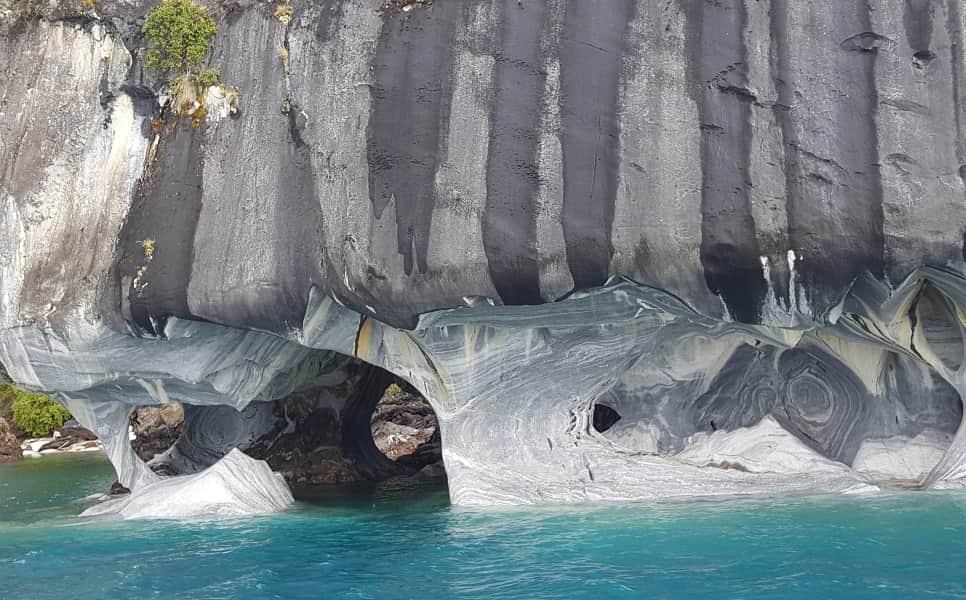Чили. Мраморные пещеры