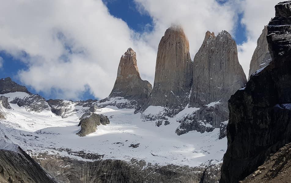 Чили. Вид на Башни Торрес. Патагония