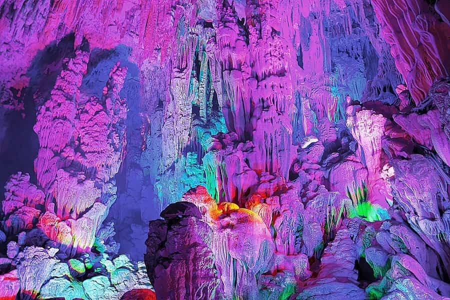 Туры в Гуйлинь. Пещера Тростниковой Флейты