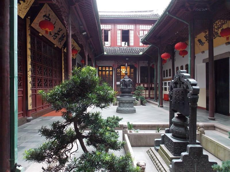 Путешествие в Шанхай из Киева. Храм нефритового Будды