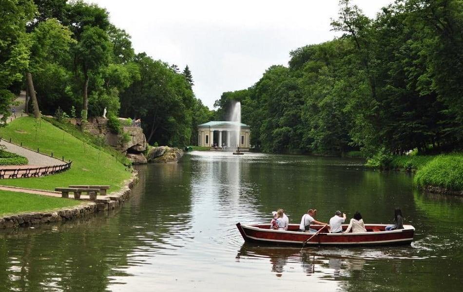 Экскурсия из Киева в Софиевский парк