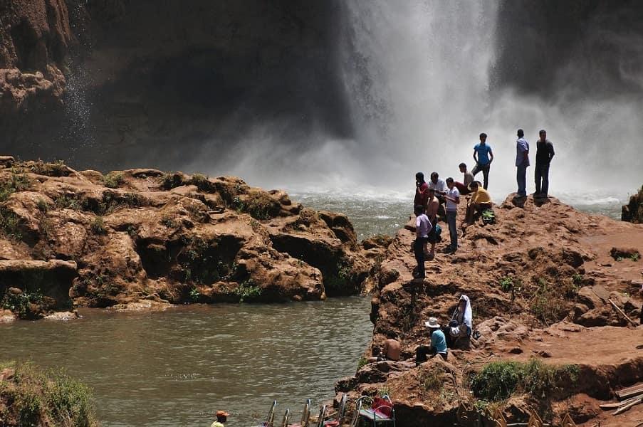 Экскурсионный тур в Марокко. Каскад Узуд. Внизу водопада