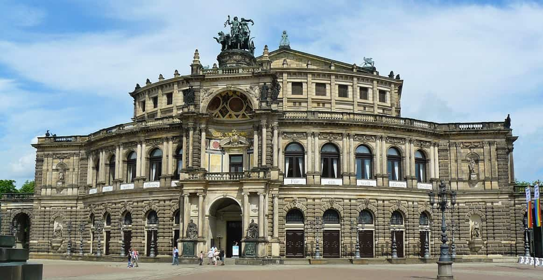 Экскурсионные туры в Германию из Украины. Дрезден. Дворец