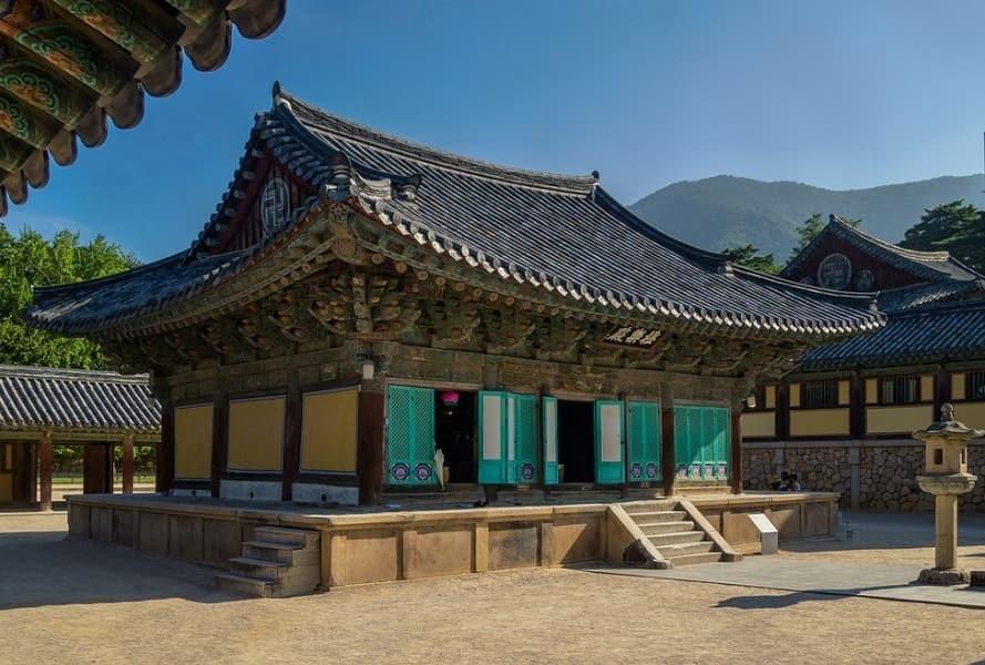 Экскурсионные туры в Корею. Кенджу. Храм Пульгукса