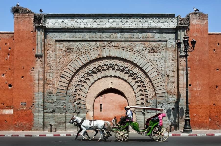 Экскурсионные туры в Марокко. Марракеш. Городская стена фото