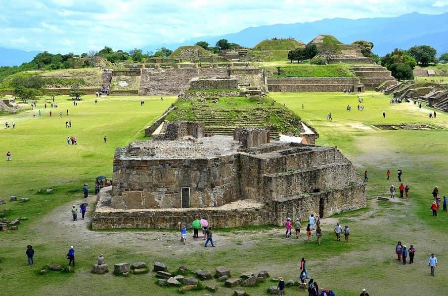 Экскурсионные туры в Мексику. Монте Альбан. Пирамиды фото