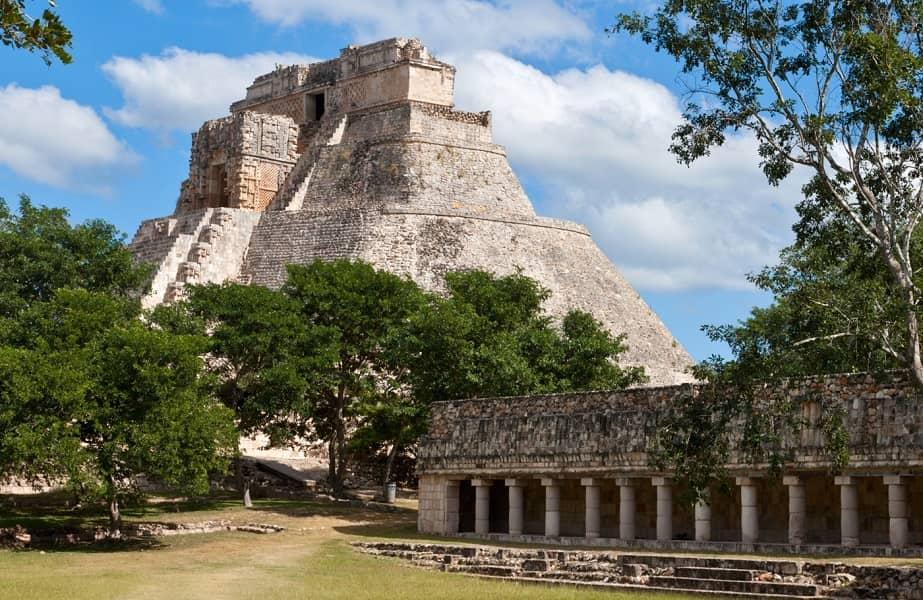 Экскурсионные туры в Мексику. Ушмаль. Пирамида майя