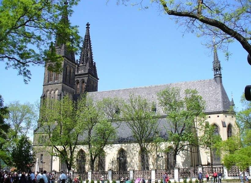 Экскурсионные туры в Прагу. Вышеград