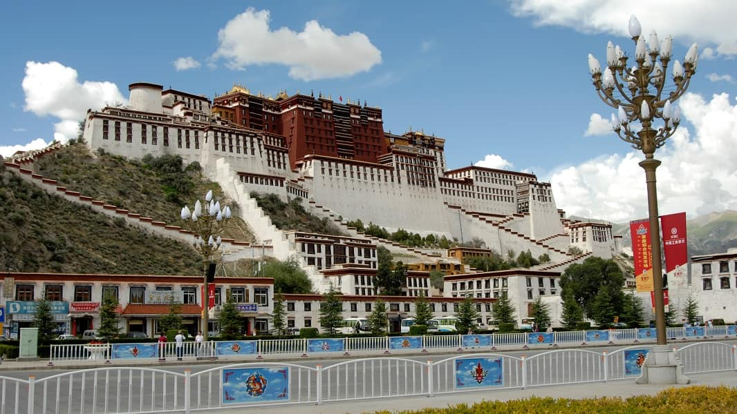 Экскурсионные туры в Тибет. Лхаса. Дворец Потала