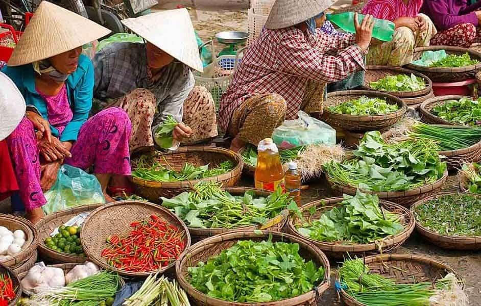 Групповой тур во Вьетнам. Поездка в Сапу. Местный рынок