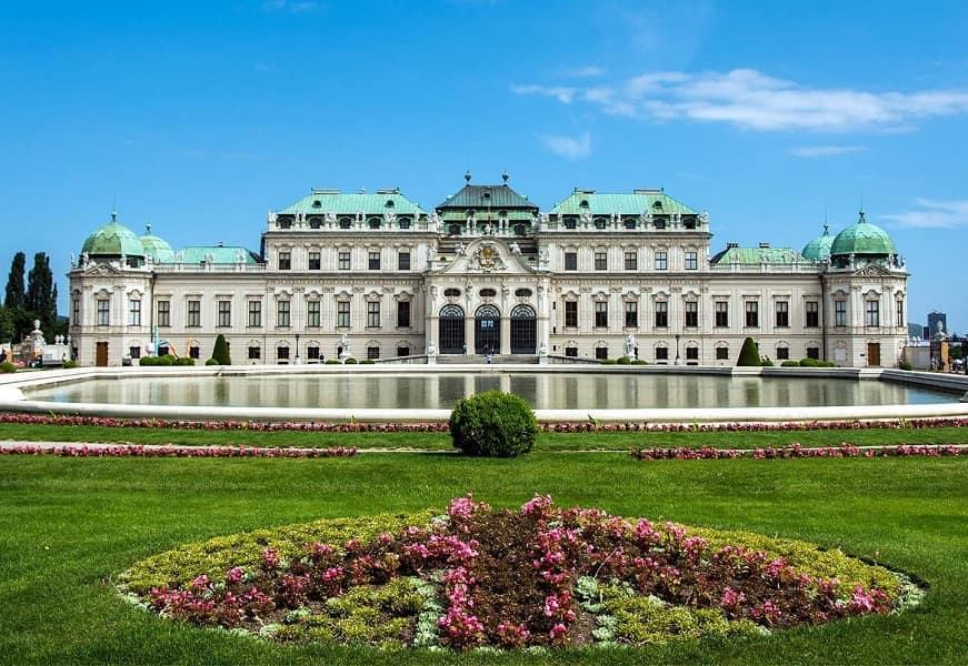 Групповые туры в Чехию. Экскурсия в Вену из Праги