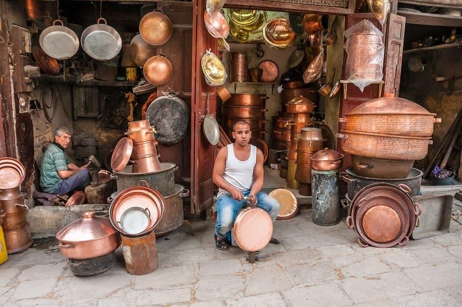 Групповые туры в Марокко. Фес. Лавка торговца