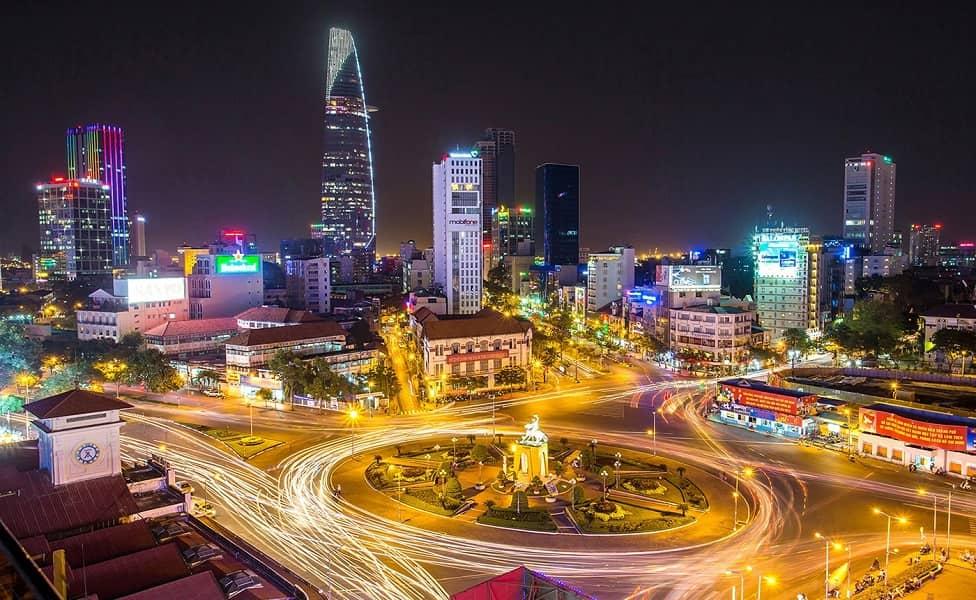 Групповые туры во Вьетнам.Ночной Хошимин фото