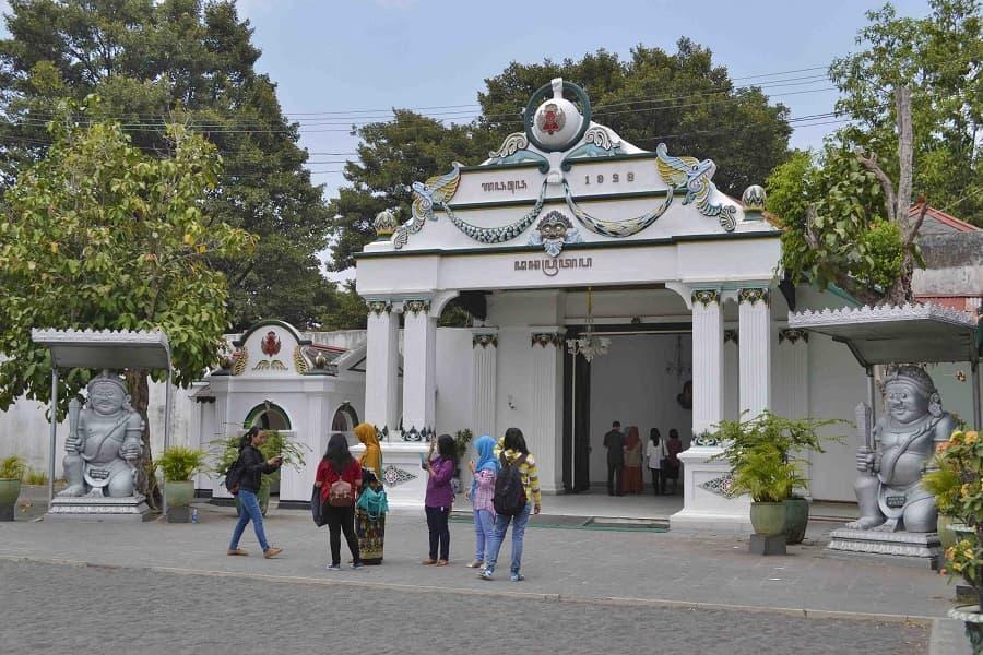 Индивидуальные туры в Индонезию. Джокьякарта. Дворец Султана