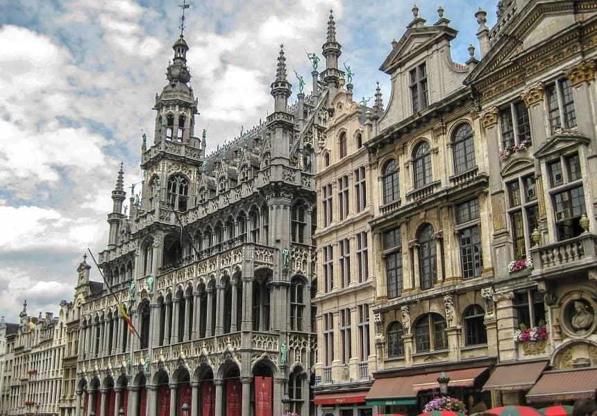 Комбенированные туры в Чехию. Экскурсия в Брюссель из Праги