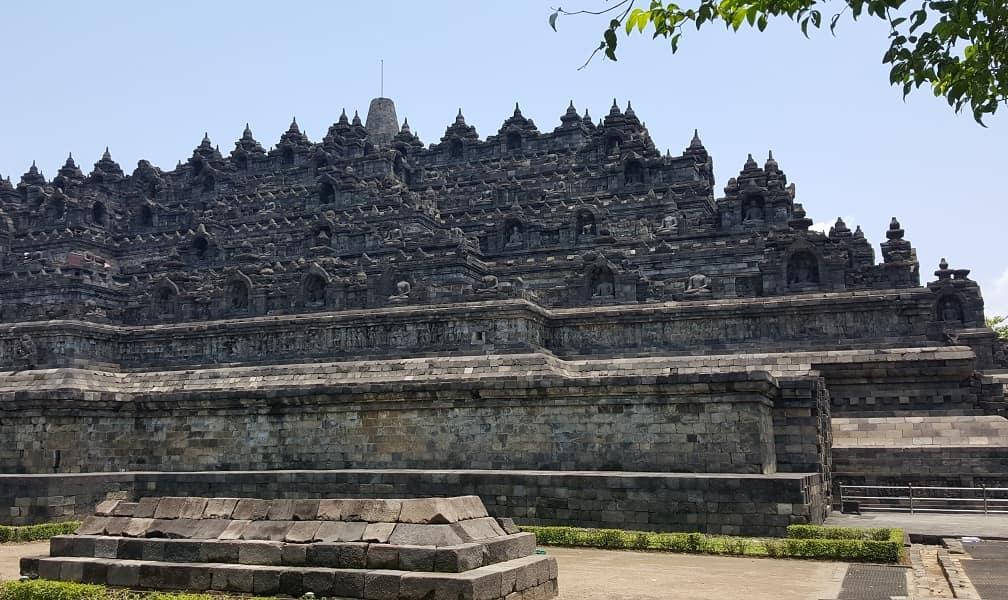 Отдых в Индонезии. Остров Ява. Комплекс Борободур