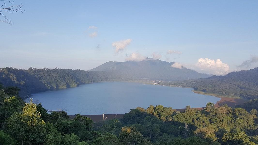 Отдых в Индонезии. Озеро Братан на севере Бали