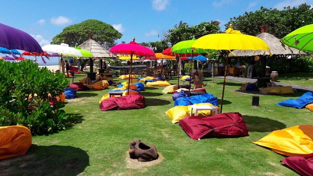 Отдых в Индонезии. Пляж отеля на Нуса Дуа