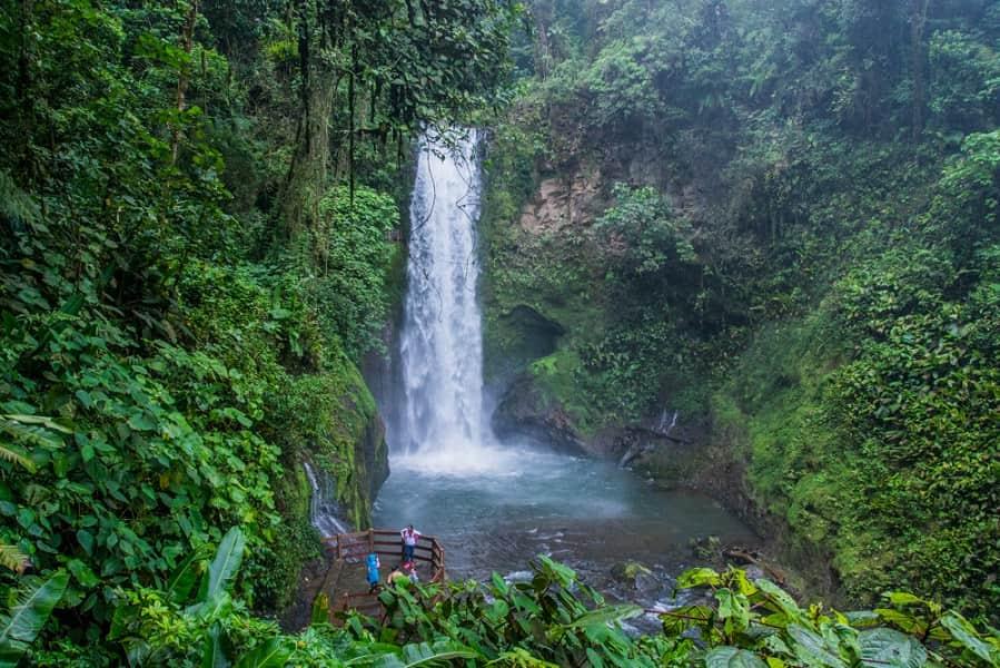 Отдых в Коста Рике. Водопад Ла Паз фото