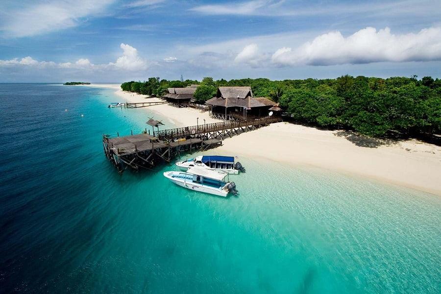 Отдых в Малайзии. Пляж на острове Пом Пом фото
