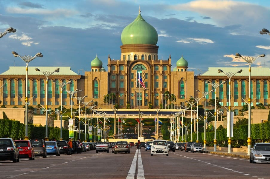 Отдых в Малайзии. Сери Пердана фото