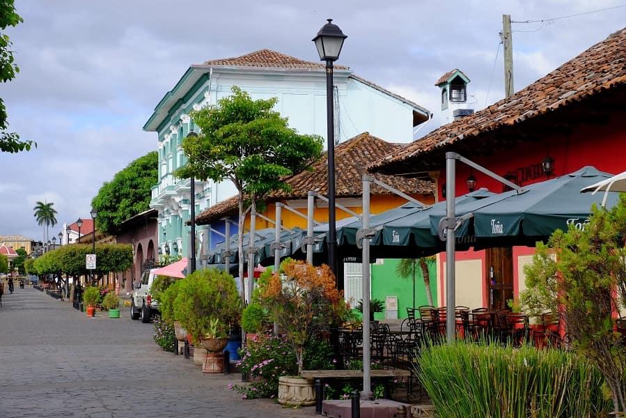 Отдых в Никарагуа. Гранада. Улица в центре города
