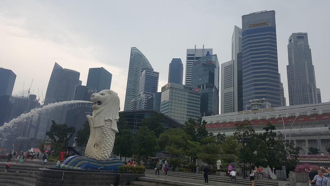 Отдых в Сингапуре. Фонтан - символ города