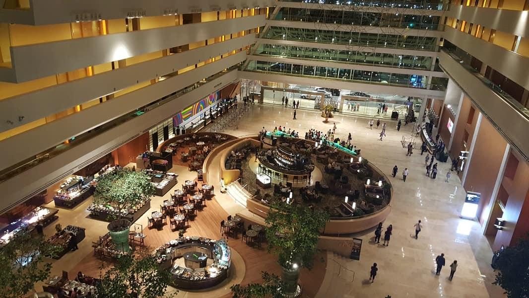 Отдых в Сингапуре. Торговый центр  Марина Бэй