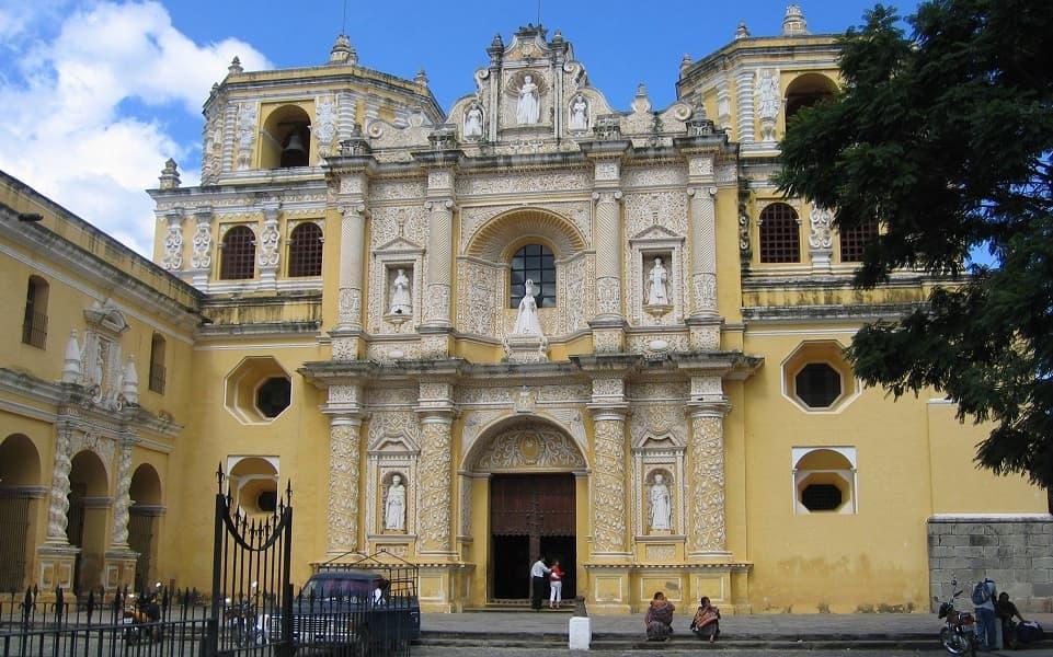 Поездка в Гватемалу. Антигуа. Церковь