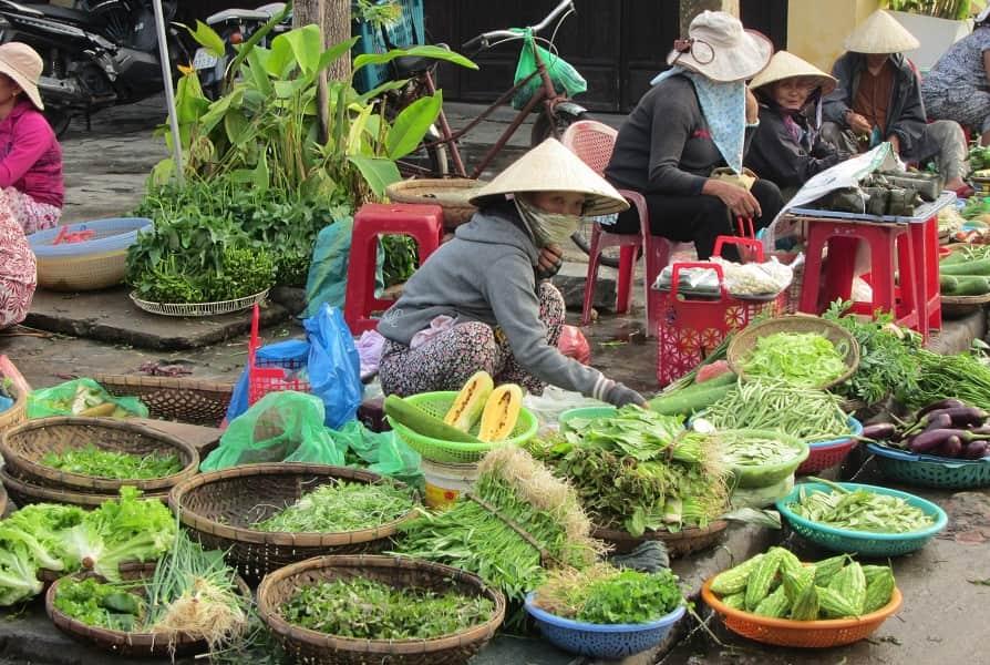 Поездка во Вьетнам. Базар в Хойане