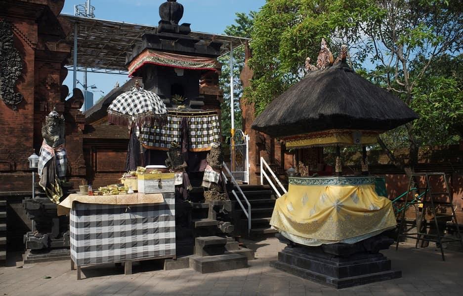 Путешествие на Бали. Семиньяк. Уличный бар