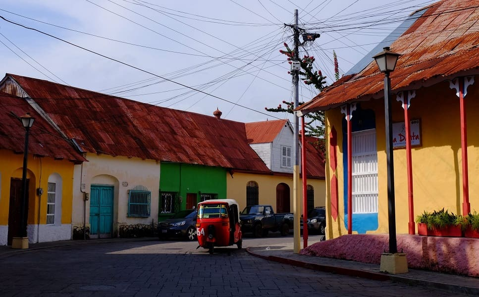 Путешествие в Гватемалу. Улочки городка Флорес фото
