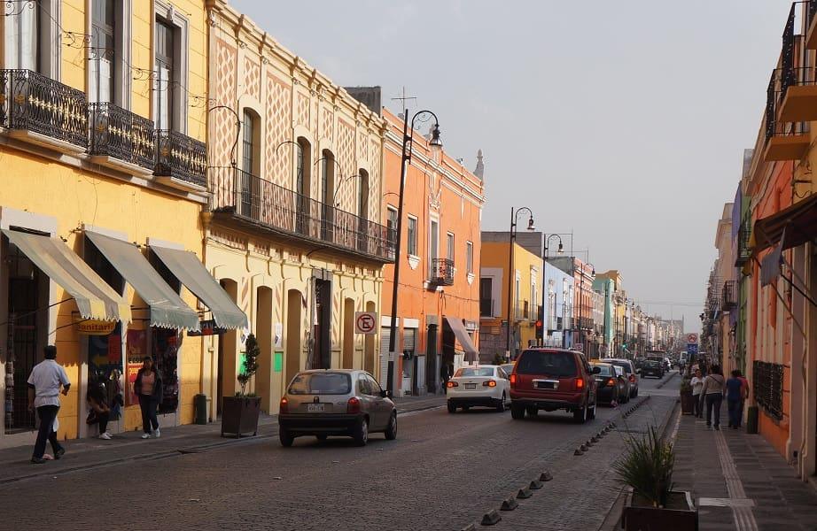 Путешествие в Мексику. Пуэбла. Улица города