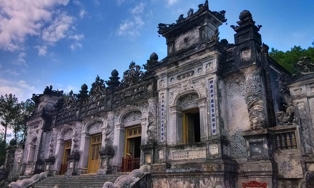 Путешествие во Вьетнам. Хуэ. Гробница императора Кхай Динь