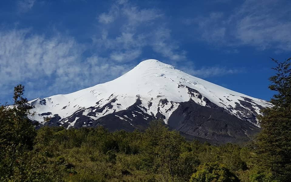 Поездка в Чили. Пуэрто Варас. Фото вулкана Осорно