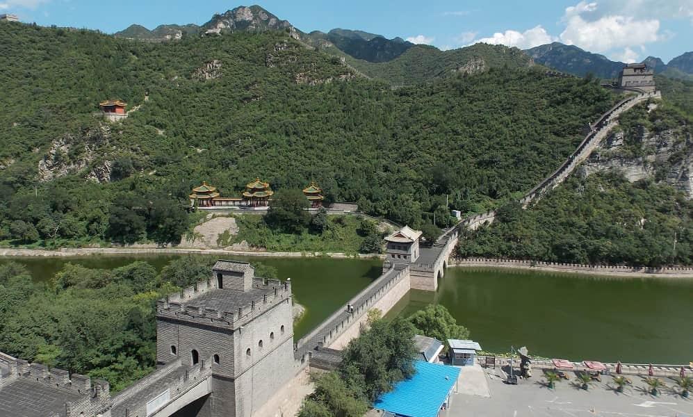 Тур в Китай Пекин. Великая Китайская Стена.  На реке