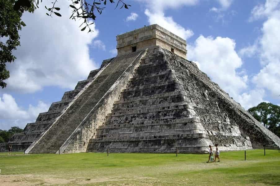 https://unicondor.com.ua/uploads/images/tur-v-meksiku-chichenitsa.jpg