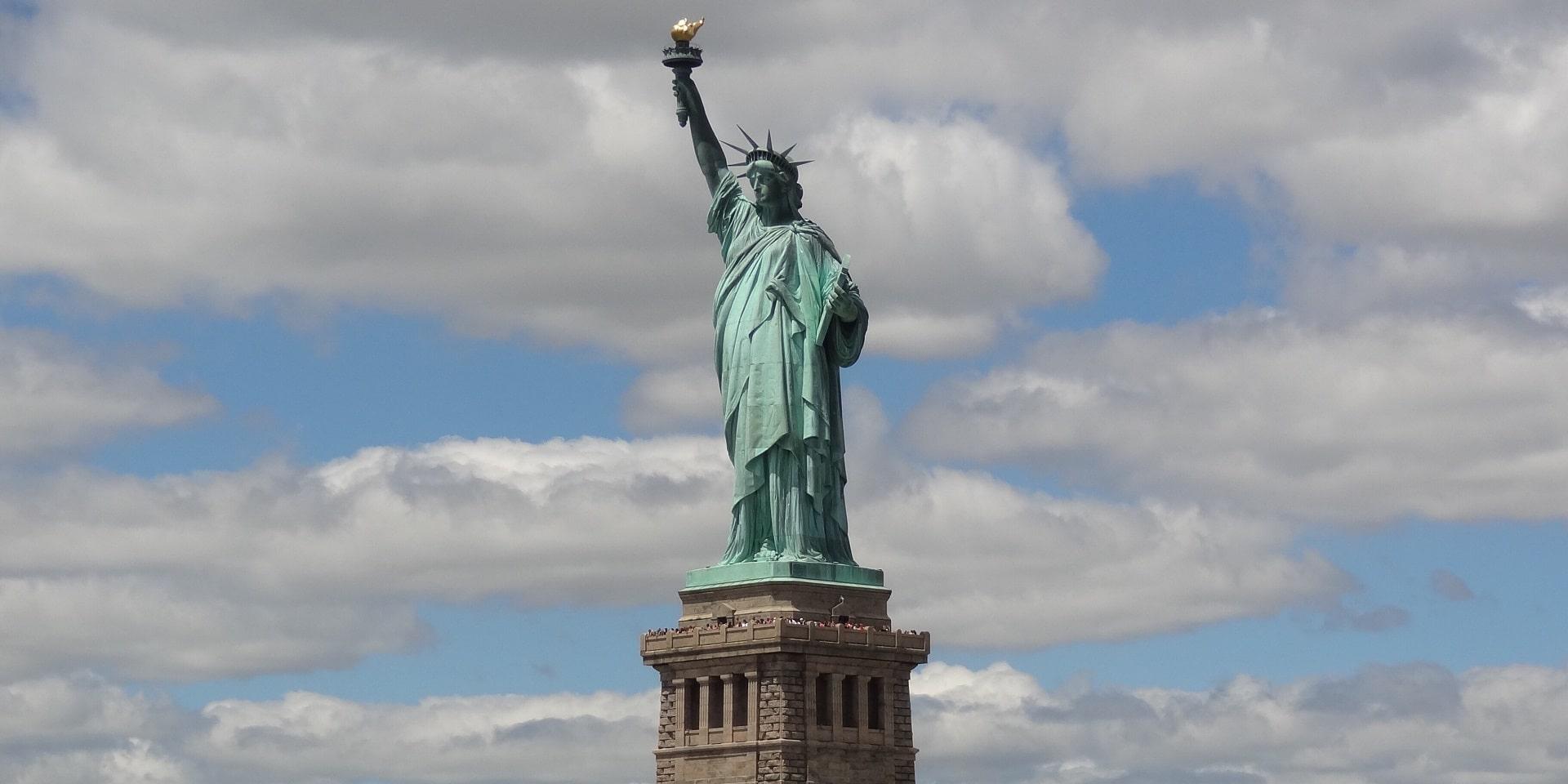 Тур в США. Статуя Свободы фото