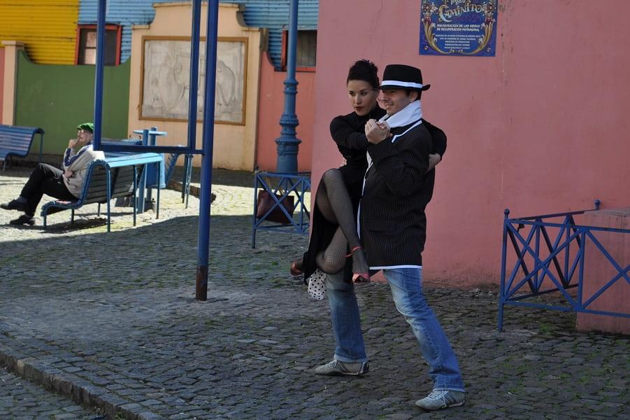 Туры в Аргентину. Каминито. Уличные танцоры