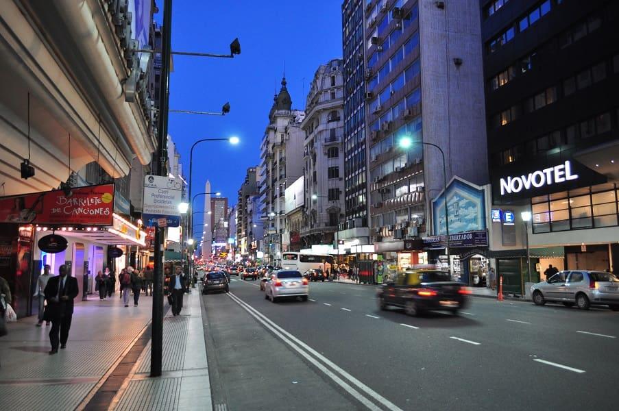 Туры в Аргентину. Вечерний Буэнос Айрес