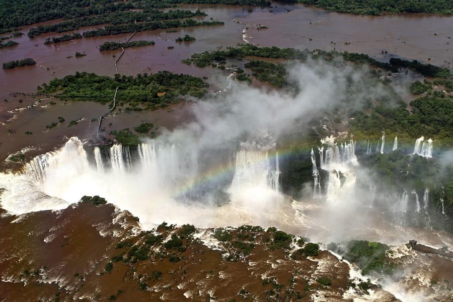 Туры в Аргентину. Водопад Игуасу. Вид с вертолета