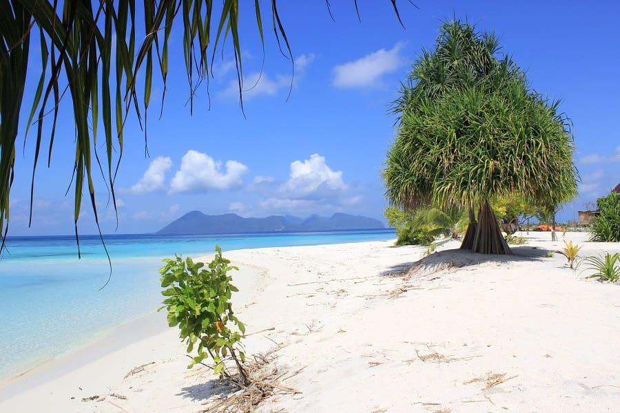 Туры в Малайзию. Пляж на острове Сипадан