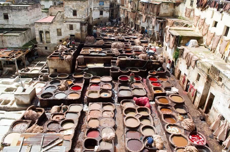 Туры в Марокко. Фес. Кожевельный цех