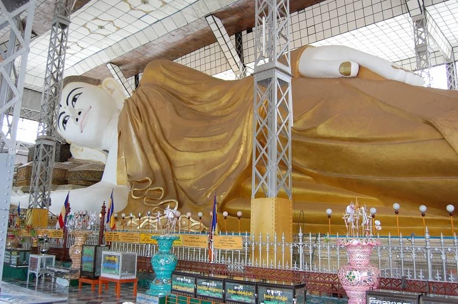 Туры в Мьянму. Баго. Статуя лежащего Будды фото