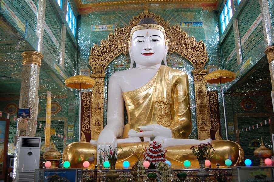 Туры в Мьянму. Мандалай. Будда в храме Сагаин