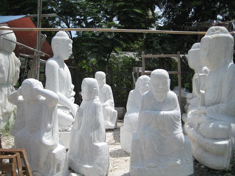 Туры в Мьянму. Мандалай. Мастерская изделий из мрамора