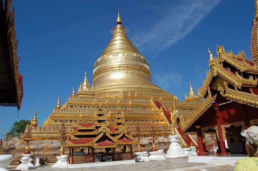 Туры в Мьянму. Пагода Швезигон в Багане