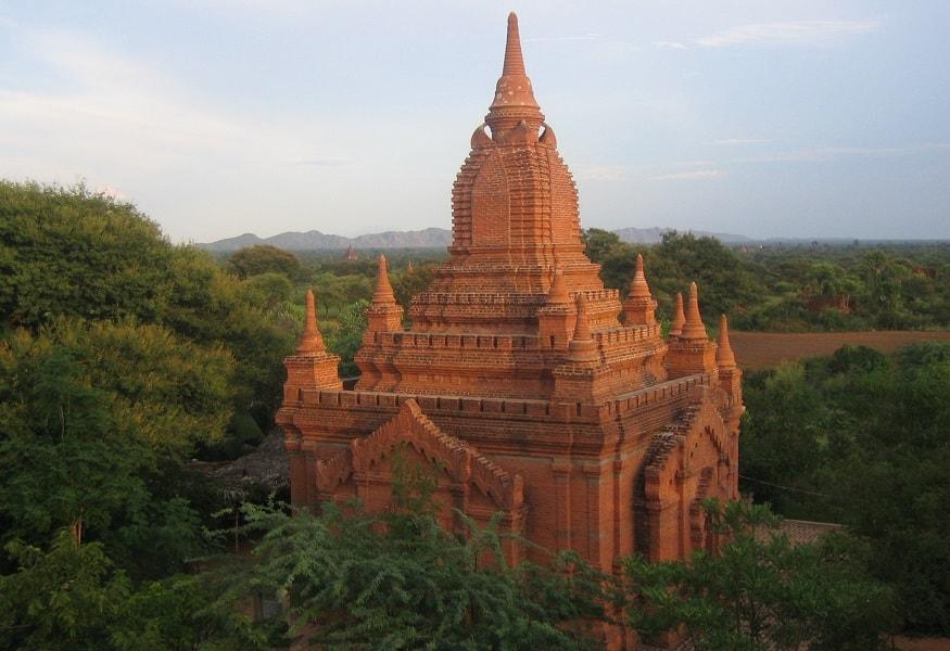 Туры в Мьянму. Пагода в Багане