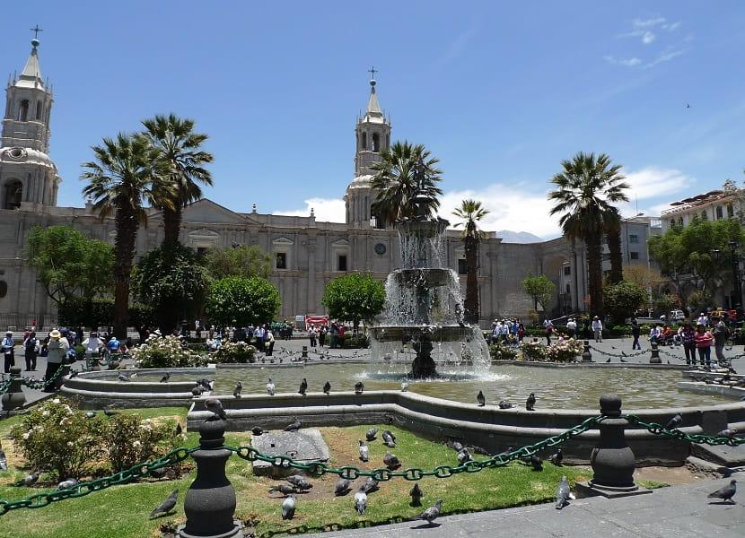 Перу Арекипа Центральная площадь города Фото
