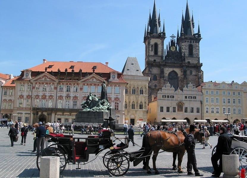 Туры в Прагу из Киева. Староместская площадь